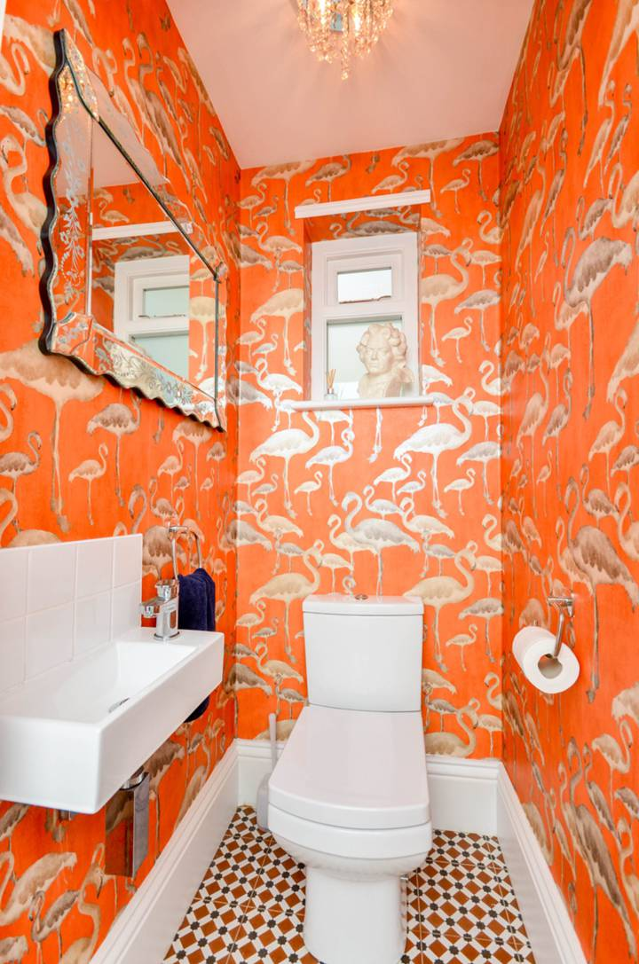 Guest Cloakroom in SE22