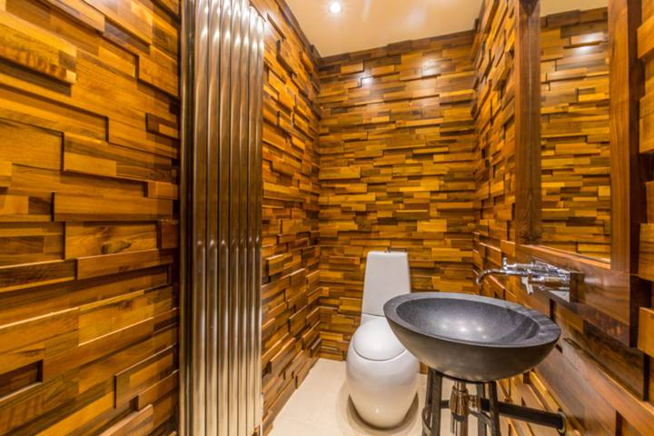 Guest Cloakroom in WC2N