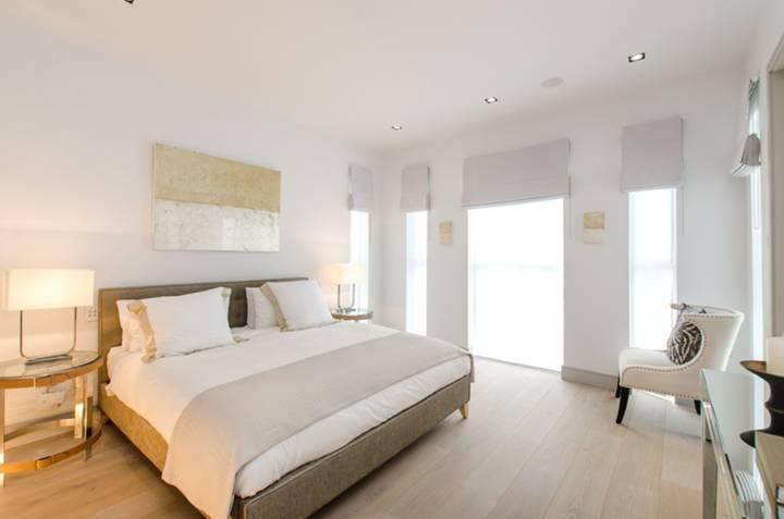 Second Bedroom in W11