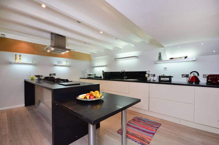 Kitchen in W14