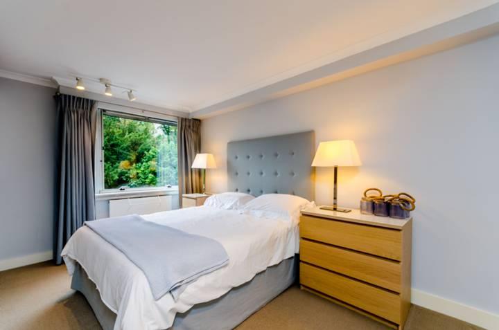 Master Bedroom in SW15