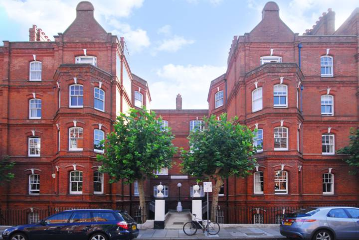 Gainsborough Mansions, Barons Court