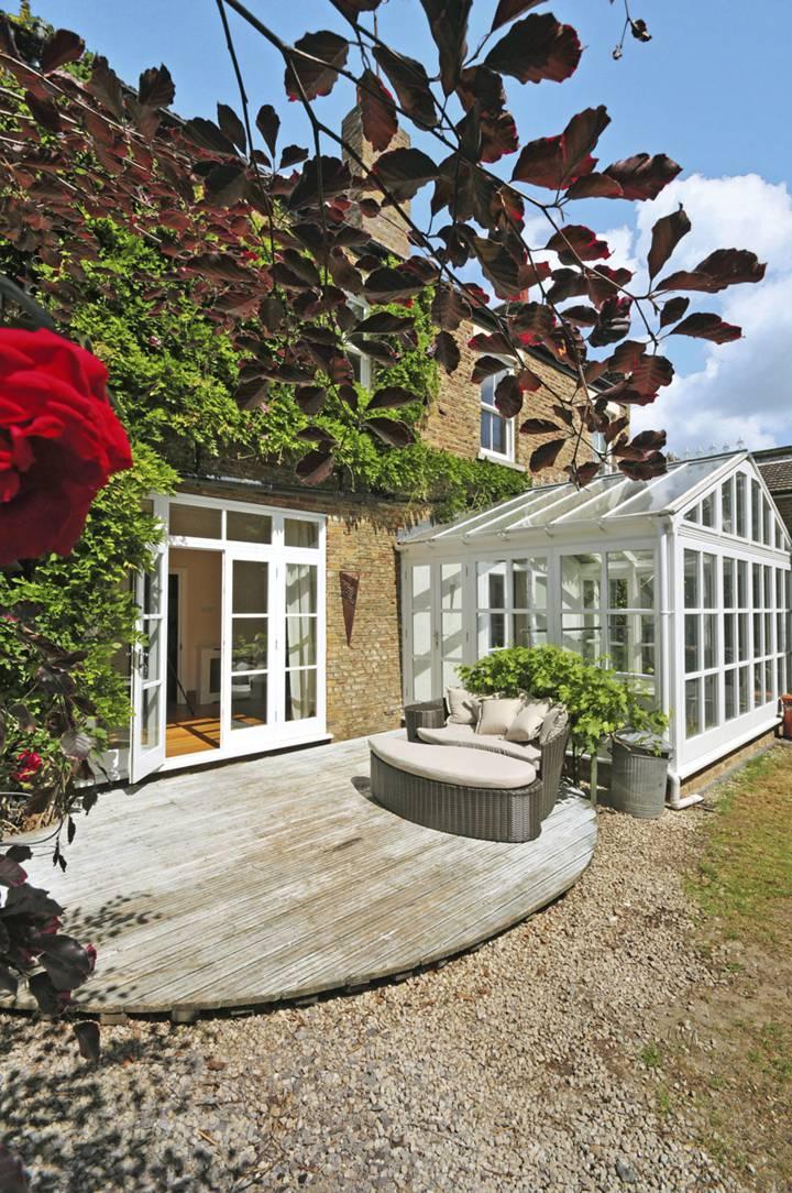 Garden in W6