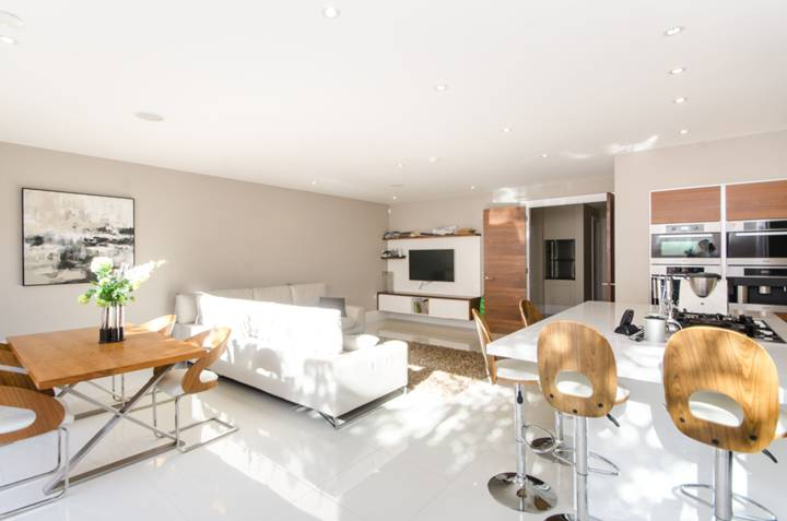 Kitchen/Family Room in SW19