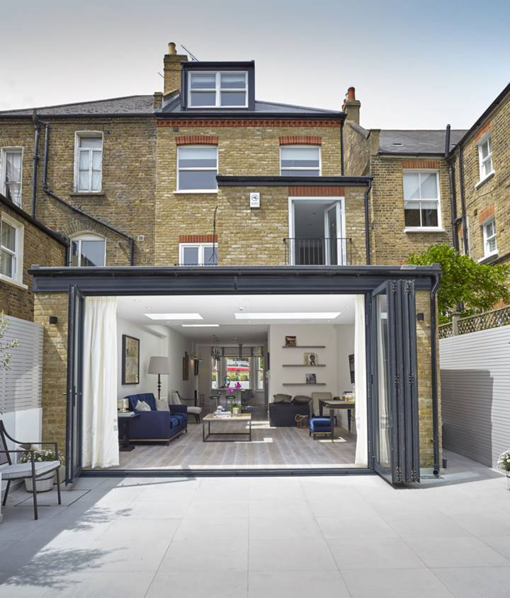 Patio in SW15