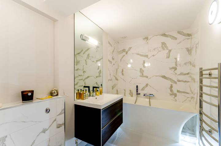 Bathroom in CR7