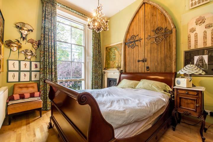 Master Bedroom in W2