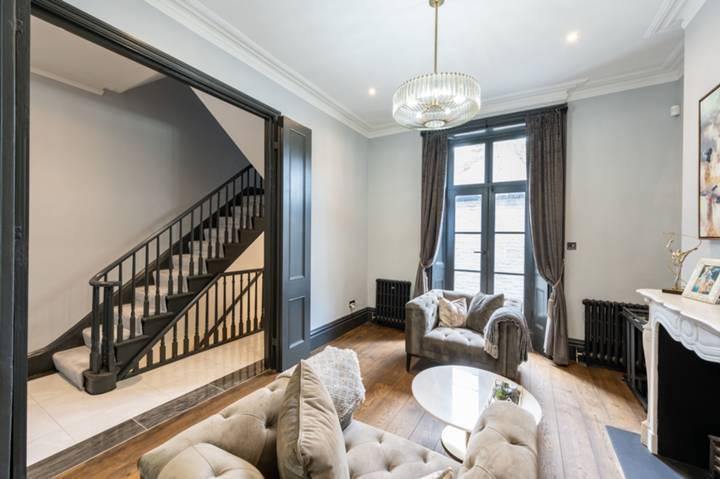 Fifth Bedroom in SW10