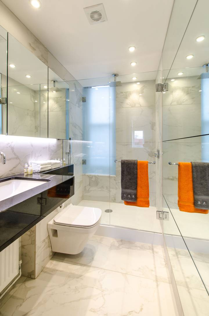 Shower Room in W8
