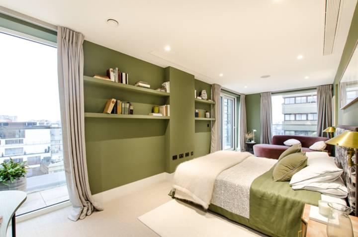Second Bedroom in W1F
