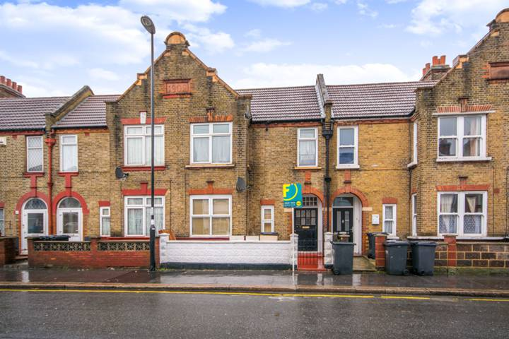 Melfort Road, Thornton Heath
