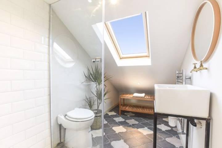 Shower Room in E17