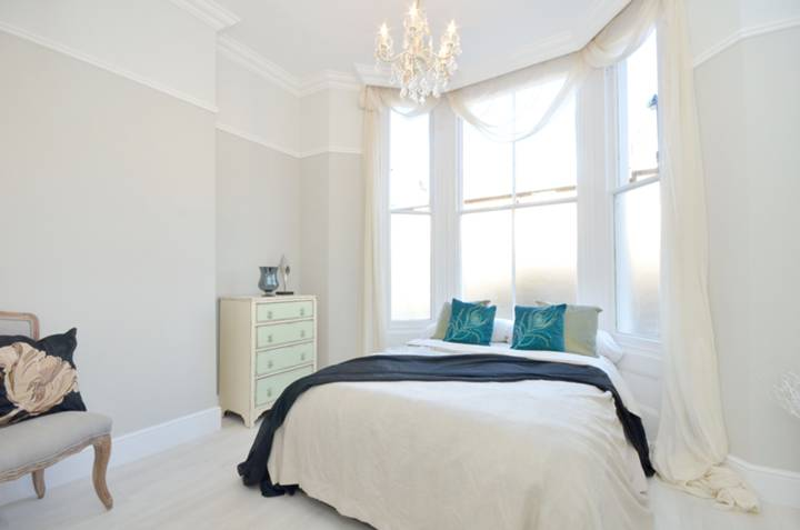 Bedroom in W14