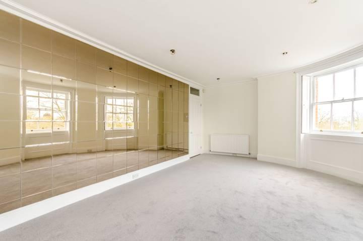 Master Bedroom in SE10