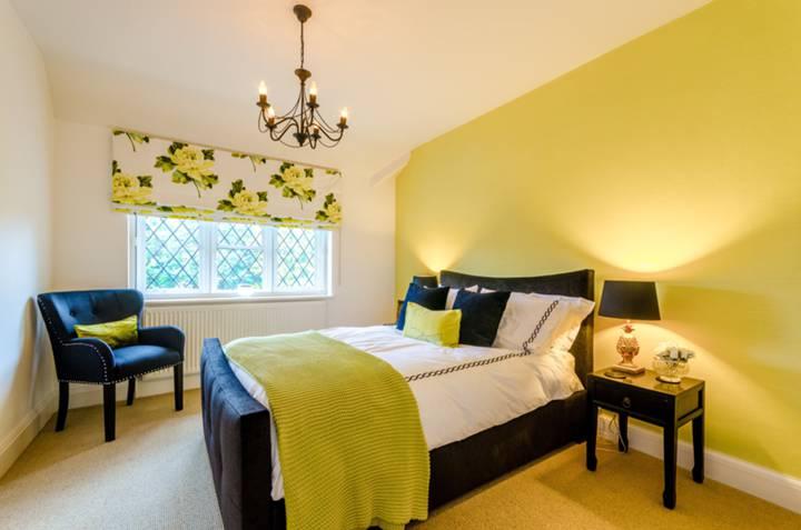 Fifth Bedroom in IG10