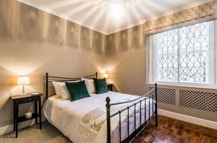 Master Bedroom in SW1V