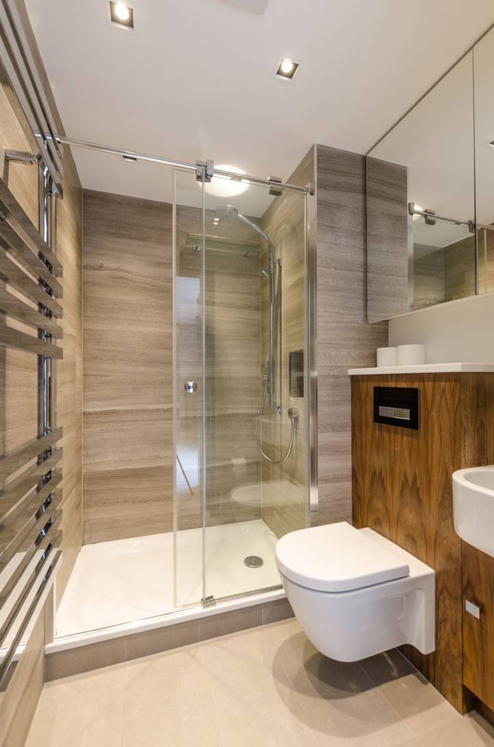En Suite Shower Room in EC1V