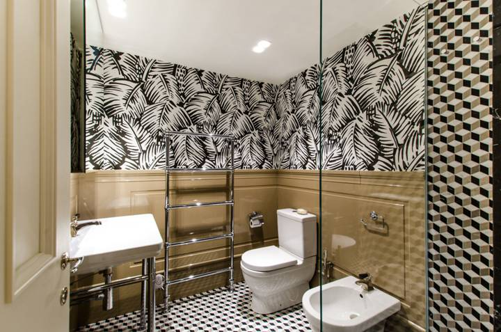 Shower Room in SW7