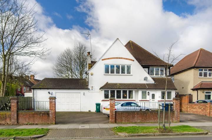 Fenstanton Avenue, North Finchley