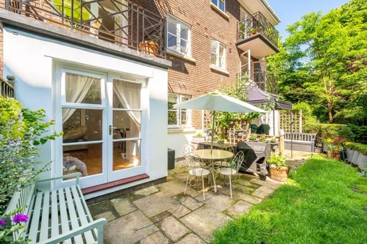Brompton Park Crescent, Fulham