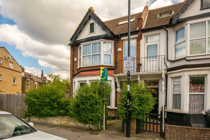 Bensham Lane, Croydon