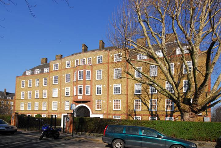Vicarage Crescent, Battersea