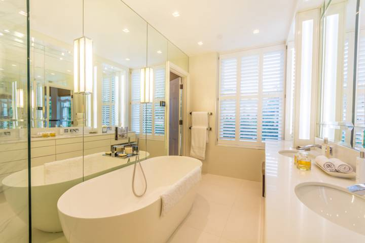 En Suite Bathroom in W1H