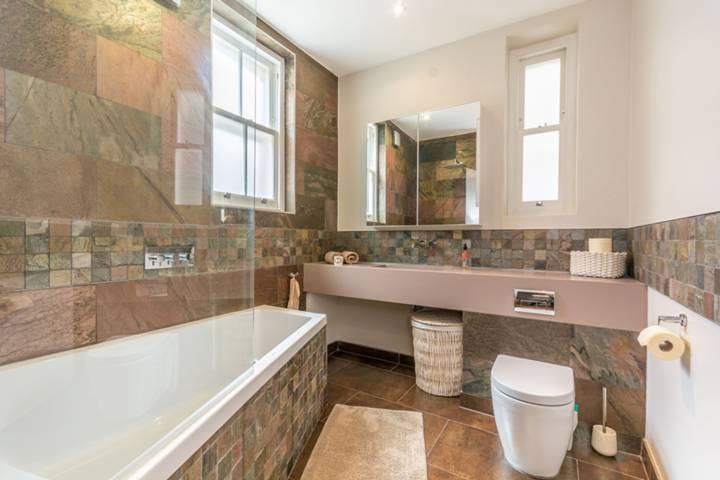 Bathroom in W1H