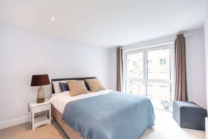 Pimlico Apartments, Pimlico