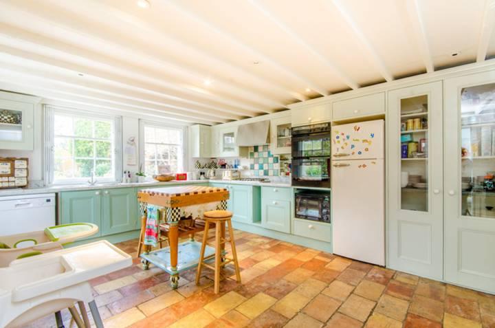 Kitchen in N7
