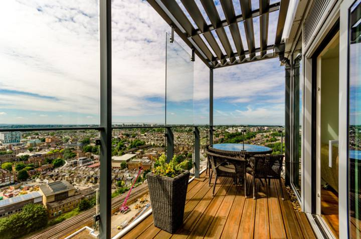 Second Roof Terrace in SW18