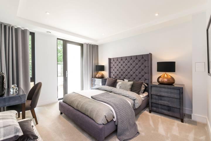 Master Bedroom in SW18