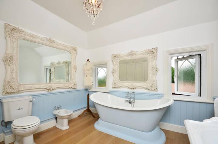 Bathroom in GU24