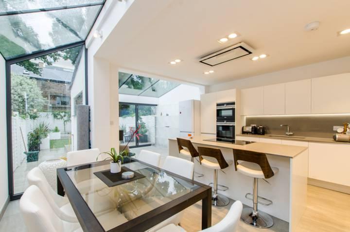 Kitchen in SW9