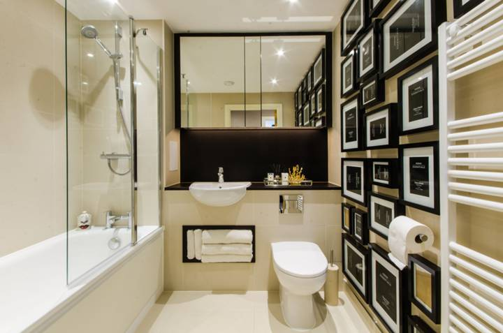 Bathroom in SE10