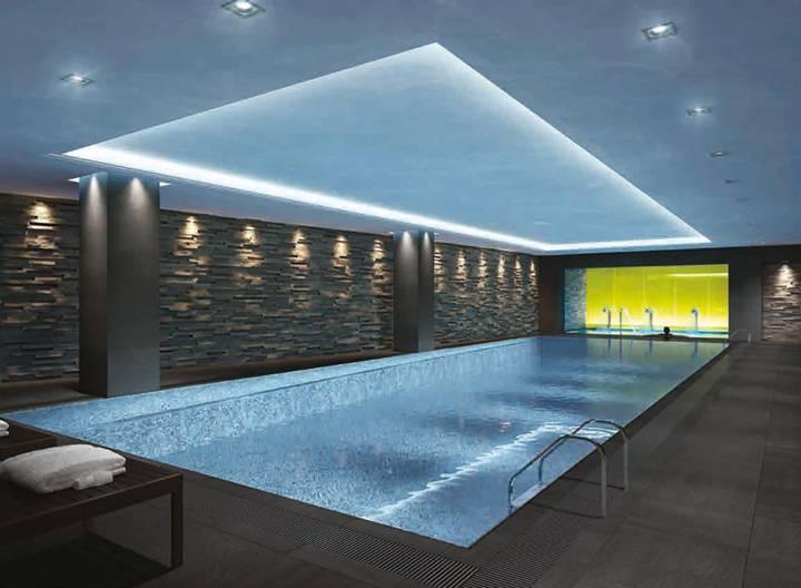 Communal Swimming Pool in WC2R