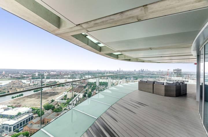 Terrace in E14