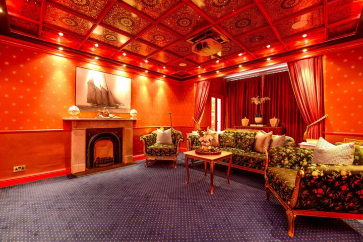 First Reception Room in SW5