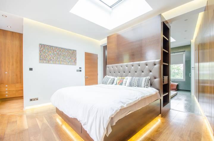 Master Bedroom in E9