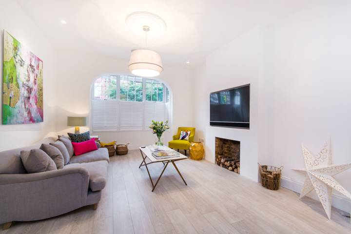 Reception Room in SW16