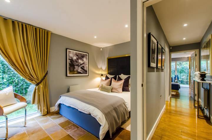 Bedroom in SE17