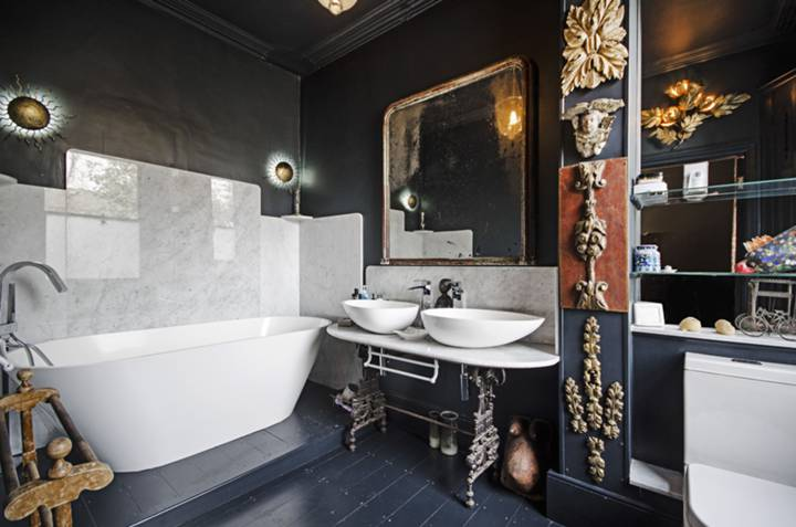 En Suite Bathroom in E8