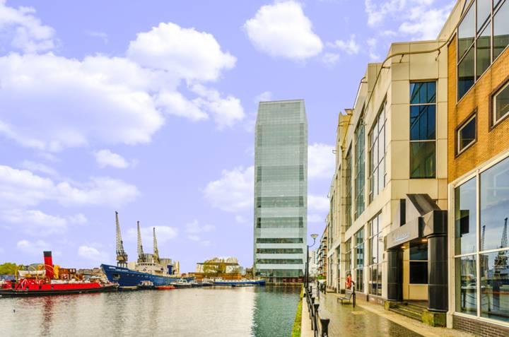 Dollay Bay Point, Canary Wharf