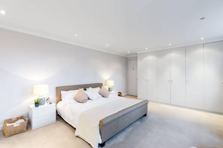 Bedroom in SW3