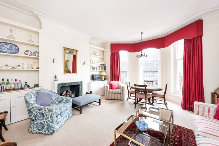 Reception Room/Dining Room in SW3