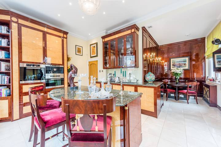 Kitchen in SW5