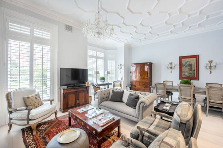Reception Room in SW1W