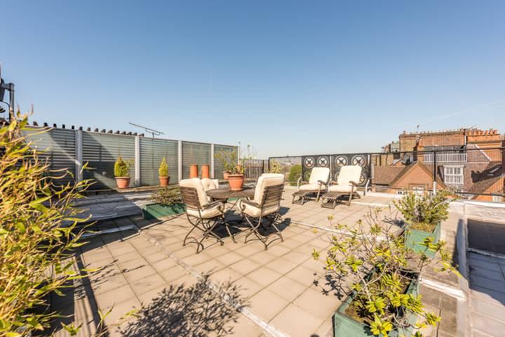 Roof Terrace in SW3