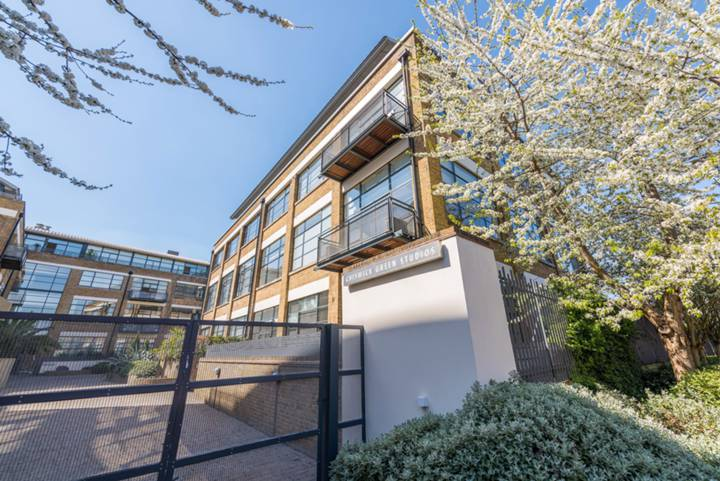 Chiswick Green Studios, Chiswick