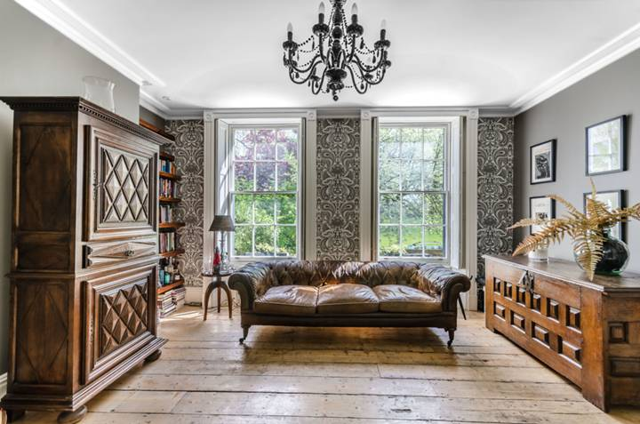 First Reception Room in SE22
